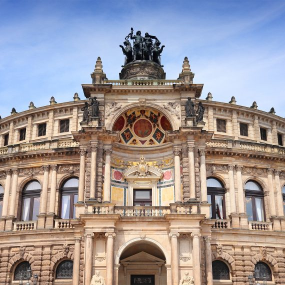 EatHappy-Dresden-Semperoper-bei-Tag